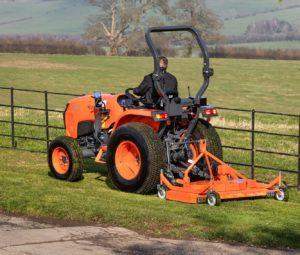 L1382_flail mower_grass_side2